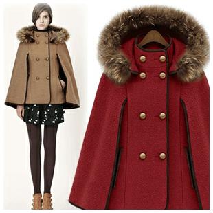 Manteau hiver court pour femme avec fourrure et capuche amovible