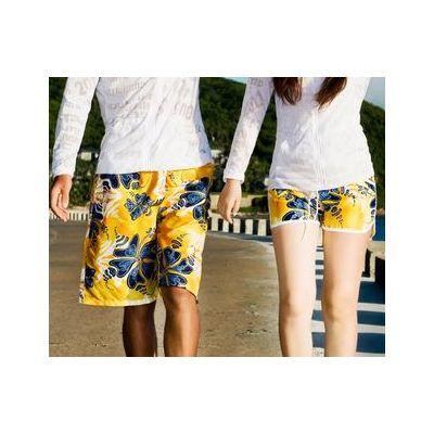 Short de bain avec motif fleur style Hawaiien jaune et bleu