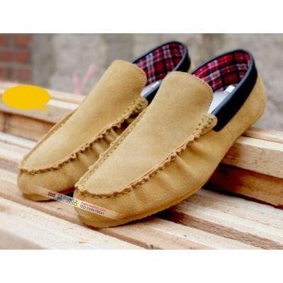 Chaussures fines style mocassins sans lacets avec bordure cuir