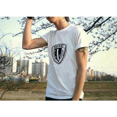 T Shirt manches courtes avec armes symbole des US Navy Seals