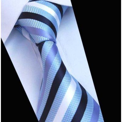 Cravate  bleue ciel avec rayures bleues marines