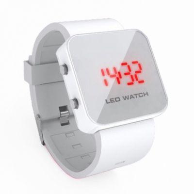 Montre LED carrée avec bracelet silicone - Blanc