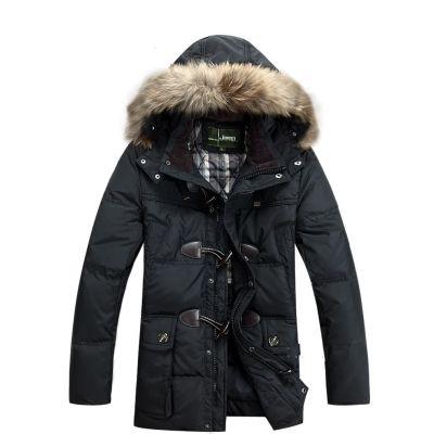 Manteau homme hiver avec capuche lignée fourrure et fermeture bouton