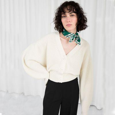Cardigan court en tricot emmanchures larges pour femme