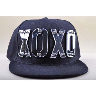 Casquette Snapback Fashion XOXO Cloutée Or Argent
