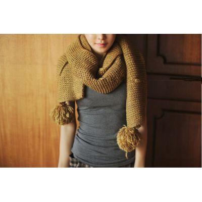 Echarpe Knitwear Mailles Epaisses avec Embout Pompom