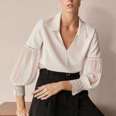 Haut pour femme effet chemise avec manches flottantes et dentelle