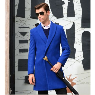 Manteau en laine oversize pour homme avec bouton fermeture camouflée