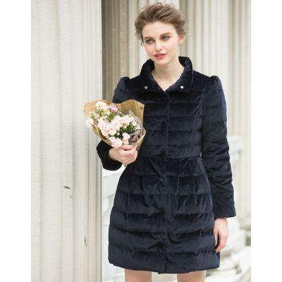 Manteau matelassé pour femme avec coupe évasée