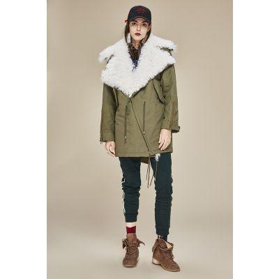 Manteau perfecto hiver avec laine naturelle intérieure pour femme