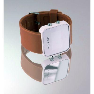 Montre LED carrée avec bracelet silicone - Marron foncé