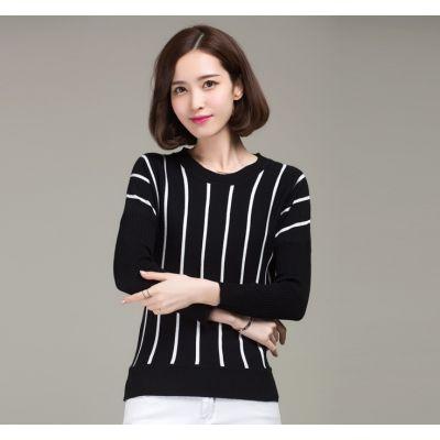 Pullover manches longues pour femme avec rayures verticales fines