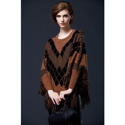 Pullover poncho pour femme avec motif à carreaux et frange
