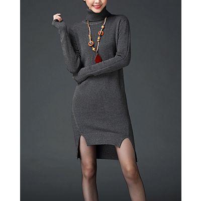 Robe hiver fendue avec col roulé et manches longues en laine