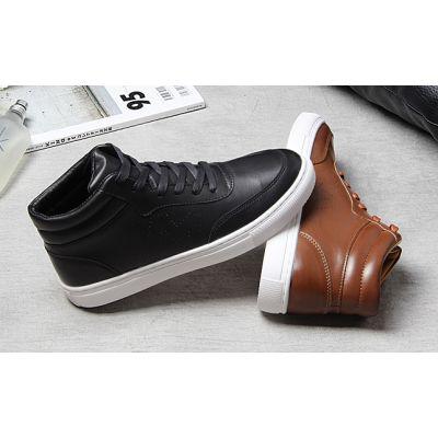 Sneakers montantes pour homme retro vintage en cuir lisse