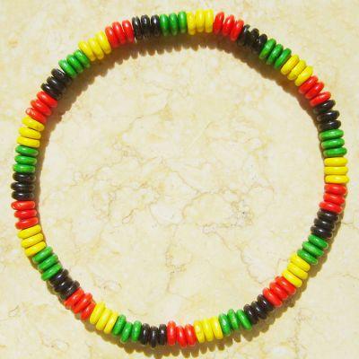 Collier reggae avec Perles en Bois Rasta Bob Marley