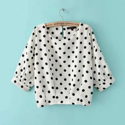 T shirt Loose à Pois pour Femme avec Fond Blanc Manches Mi Longues