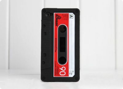Coque iPhone cassette 4 4S Apple housse rétro années 80 K7 tape deck