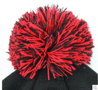 Bonnet à Pompom Metrust Hip Hop Noir Rouge Hiver - Laine