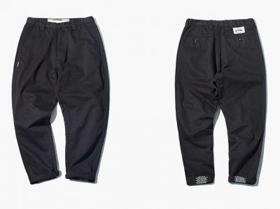 Pantalon Chino à bouton pour homme avec texte imprimé sur ourlet